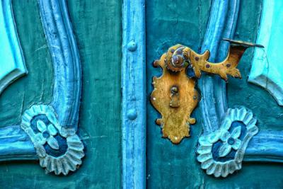 FP-Welcoming Front Door Colours