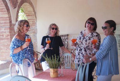 girls-drinks-on-veranda-large