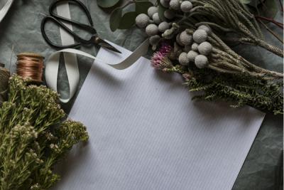 Simple Gift Giving for Working Women FI – Carmen Darwin (1)